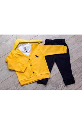 Костюм для мальчика желтый