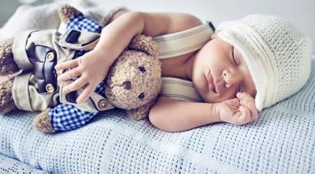 Постельные комплекты в кроватку, подушки, одеяла