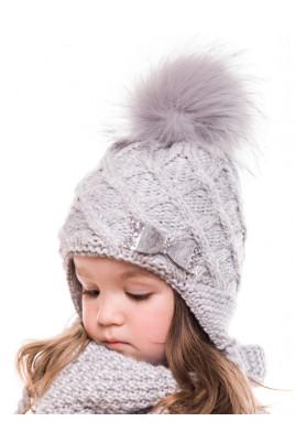 Купить Вязанная зимняя шапка с бубоном для девочки Милана