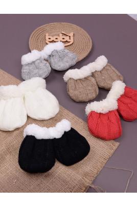 Рукавички для малышей Снежок в разных цветах